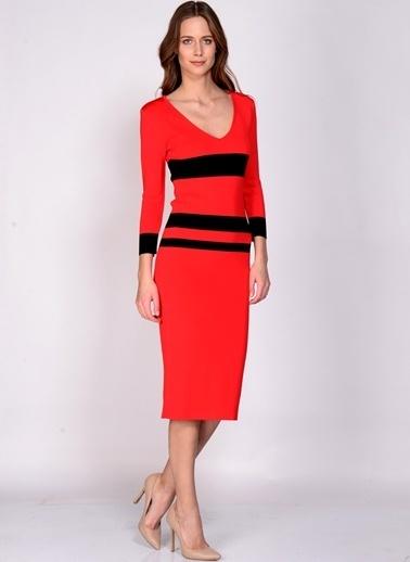 House Of Camellia V Yaka Kalem Elbise Kırmızı